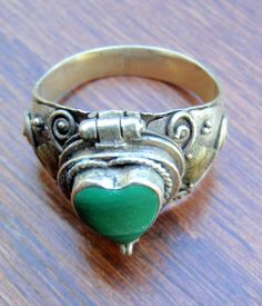 Vintage Sterling Silver Green Turquoise Heart Locket Ring - Sterling Silver Ring - Green Turquoise Ring - Locket Ring - Vintage Locket Ring - pinned by pin4etsy.com
