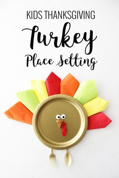 How fun are these easy turkey place settings? Perfect for the kids table on Thanksgiving! How fun are these easy turkey place settings? Perfect for the kids table on Thanksgiving! Thanksgiving Dinner Recipes, Thanksgiving Projects, Thanksgiving Traditions, Thanksgiving Side Dishes, Thanksgiving Turkey, Holiday Crafts, Holiday Fun, Turkey Places, Place Settings