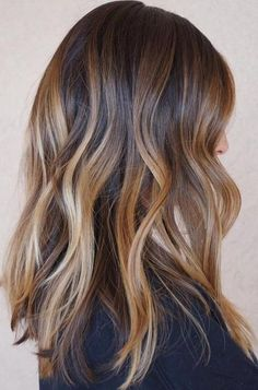 20 Sweet Caramel Balayage Hairstyles for Brunettes and Beyond D. - 20 Sweet Caramel Balayage Hairstyles for Brunettes and Beyond Dimensional Caramel Balayage Hair - Hair Color Balayage, Blonde Balayage, Ombre Hair, Balayage Straight Hair, Blonde Hair, Hair Color And Cut, Brown Hair Colors, Caramel Hair, Caramel Ombre