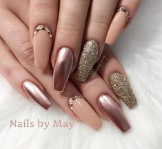 Long nude nails with glitter and more - LadyStyle