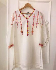 Source by clothes kurti Simple Pakistani Dresses, Pakistani Fashion Casual, Pakistani Dress Design, Fancy Dress Design, Stylish Dress Designs, Designs For Dresses, Sewing Dresses For Women, Stylish Dresses For Girls, Designer Party Wear Dresses