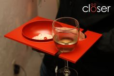San Francisco-based designer Marco Guadarrama has designed the Closer Plate, a convenient and elegant plate that allows diners to hold food and drink in one hand, freeing them to move around and so...