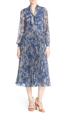ALICE + OLIVIA 'Cayla' Paisley Midi Dress. #alice+olivia #cloth #