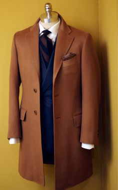 tailorablenco:  Bespoke cashmere coat. Made by tailorable wine label. Fabric by loropiana pure cashmere.
