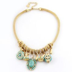 Characteristic Diamante Beaded Colored Pendant Necklace For Women