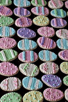 cinnamon sugar cookies Easter Egg Sugar Cookies by Jenny [Keller] Cookies Valentine Sugar Cookie Recipe, Chewy Sugar Cookie Recipe, Butter Sugar Cookies, Cinnamon Sugar Cookies, No Egg Cookies, Cupcake Cookies, Fun Cookies, Easter Cupcakes, Easter Cookies