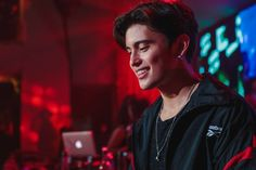 James for HotShot Brandy event 2017 (ctto) James Reid Wallpaper, Movie Talk, Nadine Lustre, Jadine, Music Composers, Music Labels, My Forever, Tv On The Radio, Hopeless Romantic