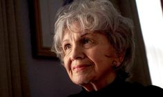 Canadian author Alice Munro wins 2013 Nobel Prize For Literature