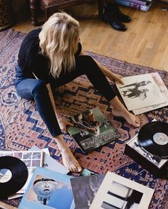 Music Memorabilia – Specialists in Buying, Selling & Collecting Rare & Vintage Vinyl Records, Albums, LPs, CDs & Music Memorabilia Vinyl Collection, Record Collection, Lps, Lp Regal, Noora Style, Home Music, Peyton Sawyer, Record Players, Music Aesthetic