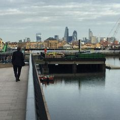 Early morning view of the London skyline from Canary Wharf by yeltzland