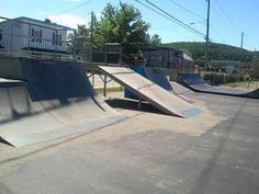Skate Park, Sidewalk, Exterior, City, Outdoor Rooms, City Drawing, Pavement, Cities, Curb Appeal