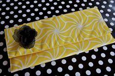 DIY Girls Clutch : DIY Placemat Clutch