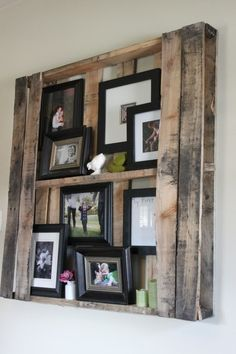 Pallet to display photo frames
