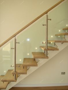 Cheap House Interior Exterior Wood Metal Stair With Glass Panels YG9001-19a $1500~$3500