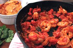 Camarones a la Criolla con Patacónes (Shrimp with Fried Plantains) Allrecipes, Shrimp, Dishes, Meat, Casual, Kitchen, Food, Shrimp Creole, Cooking