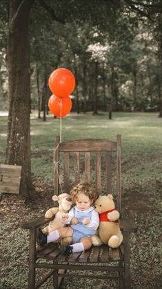 1st Birthday Photoshoot, Baby Boy 1st Birthday Party, First Birthday Photos, Cute Baby Boy, Baby Love, Cute Babies, Baby Kids, Cute Kids Pics, Cute Baby Pictures