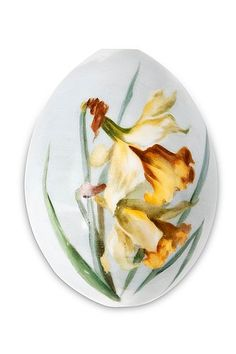 A Russian Porcelain Easter Egg. Early 20th century. Height 10 cm.