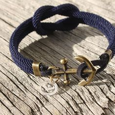 knots and anchors | Square Knot anchor bracelet from Maris Sal - www.marissalcompany.com