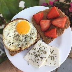 """Muito+Magras on Instagram: """"Bom dia  Já tomaram aquele café da manhã ? 😏 Tenham todos um ótimo dia., #bomdia #cafe #cafedamanha #cafedamanhasaudavel #cafezinho…"""" Healthy Afternoon Snacks, Healthy Snacks, Healthy Eating, Healthy Recipes, Ra Diet, Healthy Plate, Get Thin, Food Pictures, Food Hacks"""