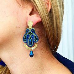 Aretes soutache. Instagram: @lapizlazuliaccesorios www.lapizlazuliaccesorios.com #aretes #earrings #jewelry2016
