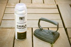 DIY: Cómo quitar el óxido de un objeto antiguo y pintarlo con chalk paint color negro plomo.