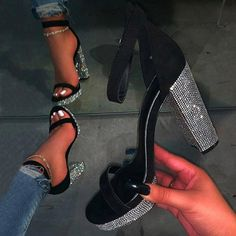 Click the pict for detail 2020 Pumps Women Shoes Sandal Wedding Party Fashion Toe Ladies Summer Female High Heels High Qualit Fancy Shoes, Pretty Shoes, Me Too Shoes, Black Prom Shoes, Heels For Prom, Black Glitter Heels, Glitter Boots, Chunky Sandals, Chunky Heels