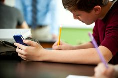 Enriching literacy with cellphones: 3 ideas to get started by Lisa Nielsen via Smartblogs.