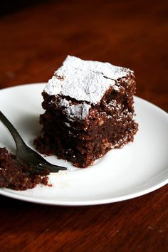 What is it? A flourless chocolate cake made with ground almonds.This moist, dense cake is often served with a scoop of vanilla gelato. Recipe here.