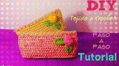 MiniNeceser con Boton de Rosa !! Tejido a Crochet!!!