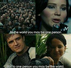 The Hunger Games. Peeta and Katniss. Hunger Games Memes, Divergent Hunger Games, Hunger Games Fandom, The Hunger Games, Hunger Games Catching Fire, Hunger Games Trilogy, Catching Fire Quotes, Katniss Everdeen, Katniss And Peeta