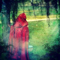 Custom Reversible Cloak/Cape. Black&Red by christennoelle on Etsy, $150.00