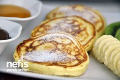 Kolay Pankek Tarifi - (Turkish) - Easy Recipe for Pancakes: 2 eggs 2 Tablespoons sugar 1 cup Milk Cups flour 1 packet of baking powder 1 packet vanilla and oil for cooking Breakfast Items, Breakfast Recipes, Dessert Recipes, Pancake Recipes, Pancakes Easy, Pancakes And Waffles, Cooking Cake, Cooking Recipes, Pancakes Recipe Video