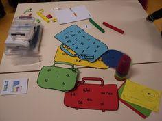 koffers vol met letters