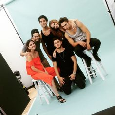 Tyler Posey, Dylan Sprayberry, Shelley Hennig, Dylan O'Brien, Holland Roden & Cody Christian
