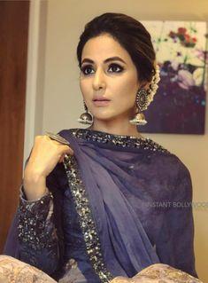 Hina khan Indian Party Hairstyles, Long Hairstyles, Bride Hairstyles, Hairstyle Ideas, Asian Wedding Dress Pakistani, Punjabi Wedding, Heena Khan, Bridal Hair Buns, Indian Bridal Fashion