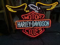 Luusama Motorcycle And Helmet Blog News: Harley Davidson Masei Helmet Motorcycle Store Display Neon Light Sign FOR SALE