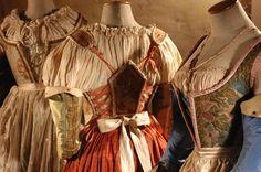 Sartoria Farani - Costumi di Alessandra Torella per Tosca e le altre due - regia di Giorgio Ferrara - courtesy of Sartoria Farani