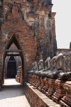 A Ayutthaya Day Trip from Bangkok. The old capital of the former Ayutthaya Kingdom in present day Thailand. Thailand Honeymoon, Thailand Travel, Ayutthaya Thailand, Thailand Adventure, Beautiful Places To Travel, Ancient Architecture, Beautiful Buildings, Day Trip, Southeast Asia