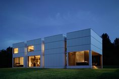 Tsai Residence is a peculiar weekend house designed by HHF Architects in collaboration with Chinese artist, Ai Weiwei, in Ancram, New York.