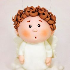 Paso-a-paso-angel-Inicio Cupcakes Fondant, Fondant Cake Tutorial, Fondant Icing, Fondant Toppers, Polymer Clay Dolls, Polymer Clay Crafts, Cake Decorating Techniques, Cake Decorating Tips, Cold Porcelain Tutorial