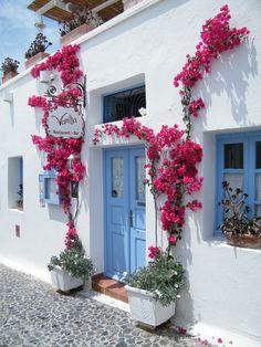 https://flic.kr/p/9XZykP | Fira, Santorini - Greece