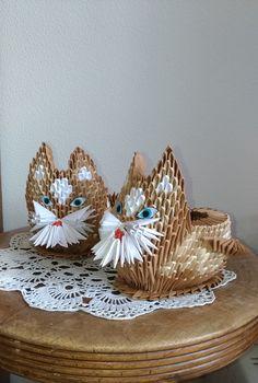 kotki dwa Modular Origami, Origami Art, Origami Ideas, 3d Paper Crafts, Fun Crafts, Kirigami, Wood Art, Snowman, Artwork