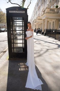Classy wedding gown designed by Milla Nova bridal company. Bride Dress Simple, Classy Dress, Bridal Gowns, Wedding Gowns, White Wedding Dresses, Formal Dresses, The Bride, Gowns With Sleeves, Dress Collection
