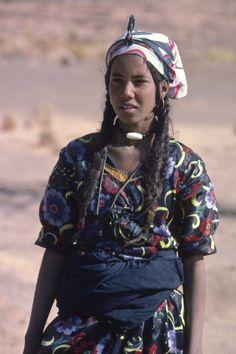 24. SAHARA : NOMADIC LIFESTYLES 4.8 Case Study Pt. II : The Tuareg : 326 -348