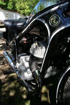 Fotka uživatele Miloň Dvořák. Enfield Motorcycle, Royal Enfield, Motorcycles, Vehicles, Car, Motorbikes, Motorcycle, Choppers, Vehicle