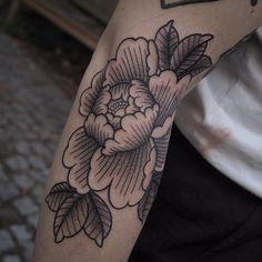 Search inspiration for an Ornamental tattoo. B Tattoo, Dot Work Tattoo, Black Claws, Love Flowers, Eminem, Black Tattoos, Blackwork, Peonies, Travelling