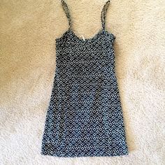 Free People Moroccan Print Dress Free People black and white Moroccan Print cotton minidress. Size S. Cut out in back with stretchy placard shown in photo 3. Free People Dresses Mini