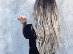 Aschblond-Balayage: Das ist gerade der angesagteste Haartrend auf Pinterest