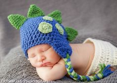 Crochet dino hat with spikes and by AllysonGraceDesigns on Etsy https://www.etsy.com/listing/285841893/crochet-dino-hat-with-spikes-and