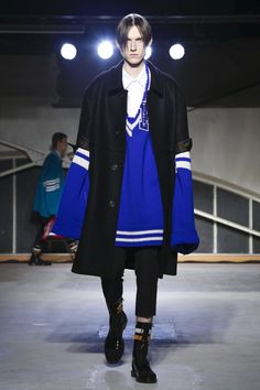 Raf Simons Menswear Fall Winter 2016 Paris